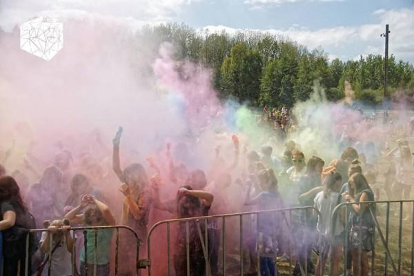 Pamiętacie Festiwal Kolorów 2015?