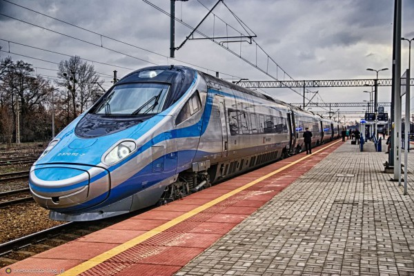 250 mln złotych  na modernizację linii kolejowej między Częstochową(Śląskiem) a Pomorzem