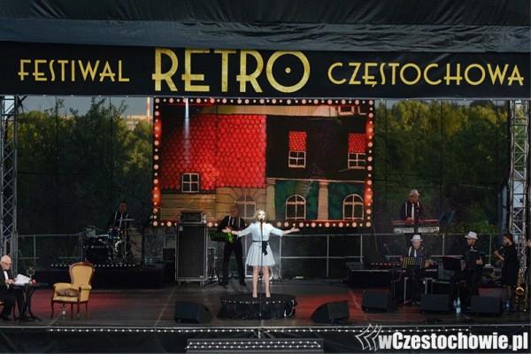 Powrót do  XX-lecia międzywojennego - Retro Festiwal Częstochowa