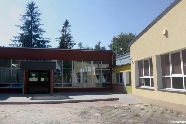Kolejna szkoła po kompleksowej termomodernizacji. Z pożytkiem dla miasta i środowiska