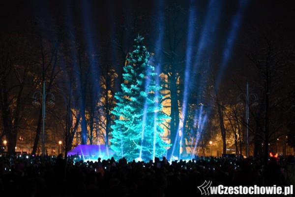 Nowa iluminacja świąteczna, rozświetliła Plac Biegańskiego! [Zdjęcia]