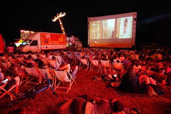 Już dzisiaj Kino na Leżakach w OSP Dźbów, jutro widzimy się na Ostatnim Groszu