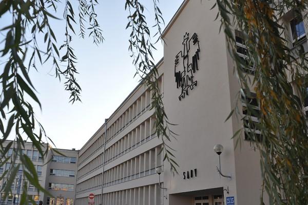 Śmiertelny wypadek w hucie szkła w Częstochowie. Jest akt oskarżenia