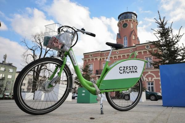 Dystans z Częstochowy do Krakowa pokonają na rowerach miejskich. Dla dzieci z częstochowskiego hospicjum