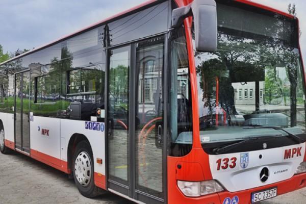 Dodatkowe autobusy podwiozą do Hali Sportowej Częstochowa na Senioralia
