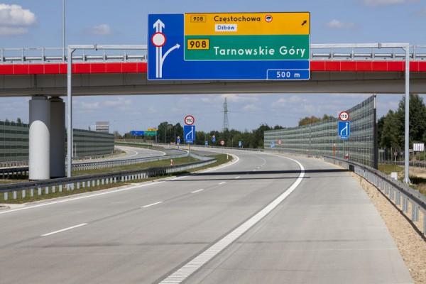Kierowcy ciężkich aut lekceważą zakaz wjazdu z A1 do Częstochowy. Apel Miejskiego Zarządu Dróg i Transportu