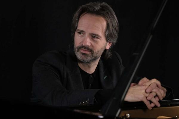 Koncert cenionego pianisty i niecodzienna uroczystość na inaugurację nowego sezonu Filharmonii Częstochowskiej