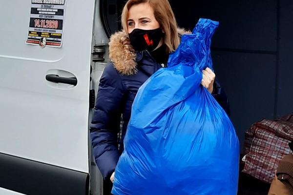 Radna Lewicy znów będzie zbierać odzież zimową dla bezdomnych