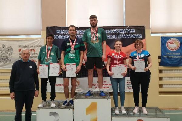 Worek medali częstochowskich pingpongistów na Mistrzostwach Polski Niesłyszących